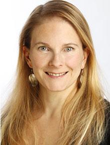 Portrait: Frau Monica Dowling